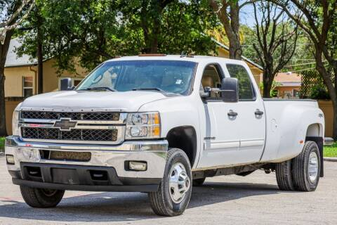 2011 Chevrolet Silverado 3500HD for sale at Easy Deal Auto Brokers in Hollywood FL
