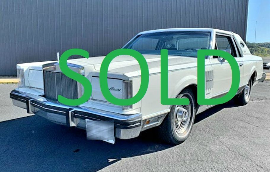 1983 Lincoln Continental 1
