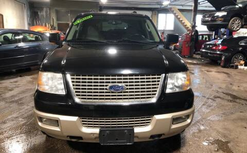 2005 Ford Expedition for sale at Six Brothers Auto Sales in Youngstown OH