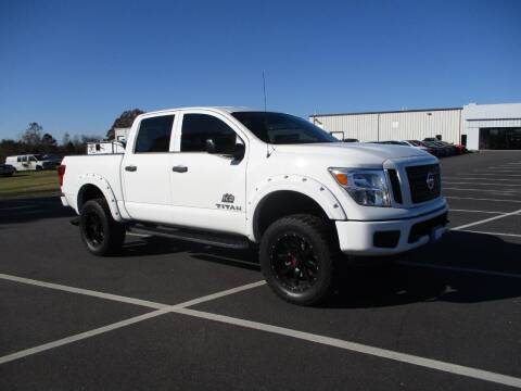 2018 Nissan Titan for sale at Auto Gallery Chevrolet in Commerce GA