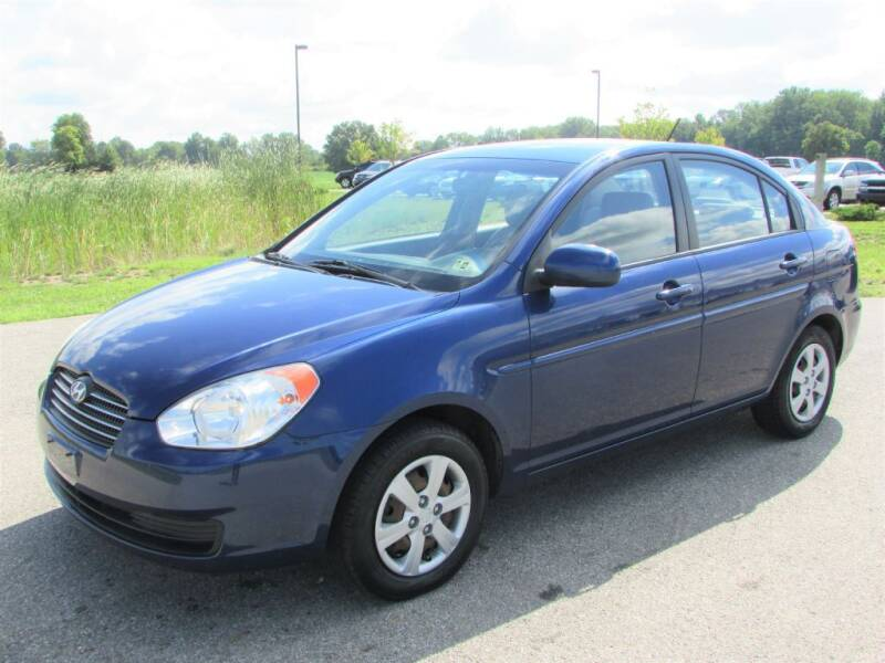 2011 Hyundai Accent for sale at 42 Automotive in Delaware OH