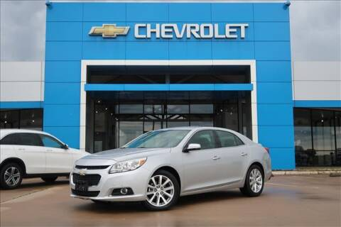 2015 Chevrolet Malibu for sale at Lipscomb Auto Center in Bowie TX