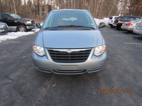2006 Chrysler Town and Country for sale at Heritage Truck and Auto Inc. in Londonderry NH