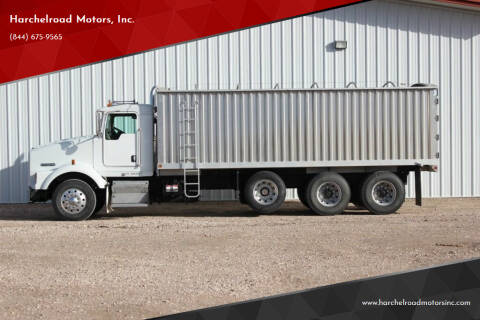 2005 Kenworth T800 for sale at Harchelroad Motors, Inc. - Harchelroad Motors in Imperial NE