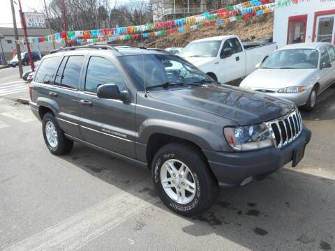 2003 Jeep Grand Cherokee for sale at Ricciardi Auto Sales in Waterbury CT