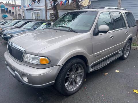 2000 Lincoln Navigator for sale at American Dream Motors in Everett WA