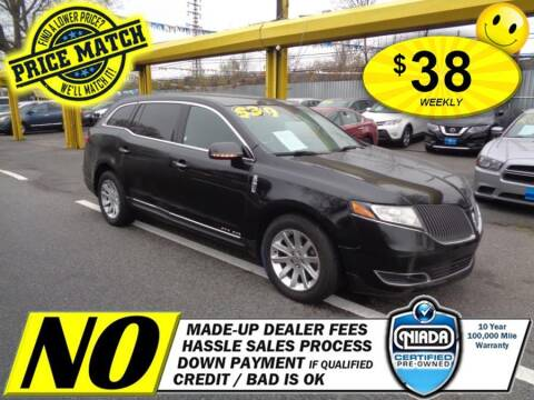 2015 Lincoln MKT Town Car for sale at AUTOFYND in Elmont NY