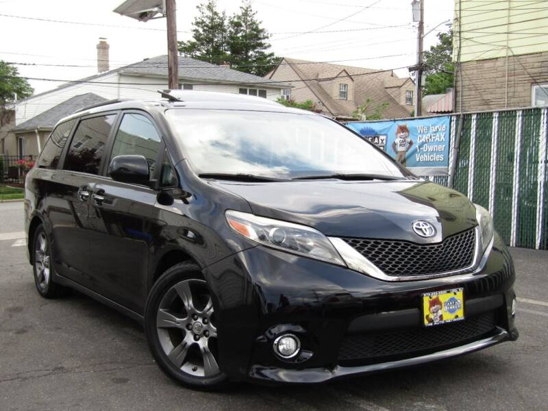 2015 Toyota Sienna for sale at The Auto Network in Lodi NJ
