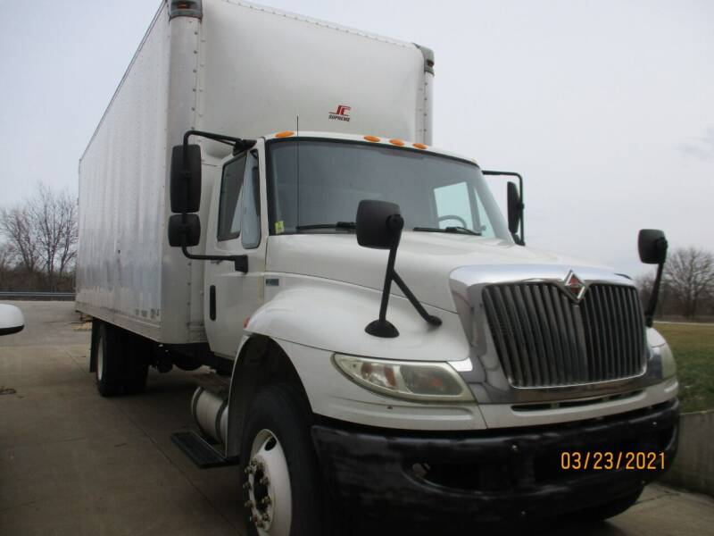 2011 International 4300 SBA 4x2 for sale at ROAD READY SALES INC in Richmond IN