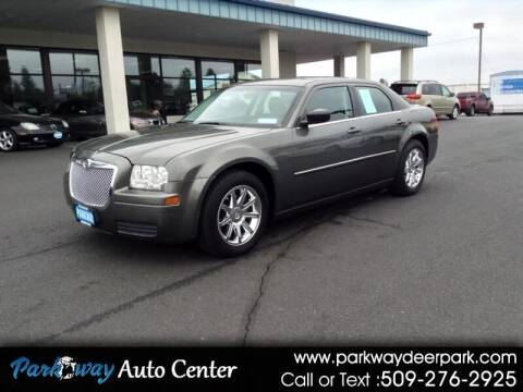 2009 Chrysler 300 for sale at PARKWAY AUTO CENTER AND RV in Deer Park WA