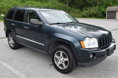 2005 Jeep Grand Cherokee for sale at CAR TRADE in Slatington PA