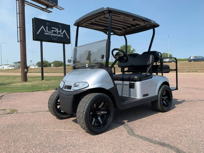 2017 E-Z-GO RXV for sale at Alpha Motorsports in Sioux Falls SD