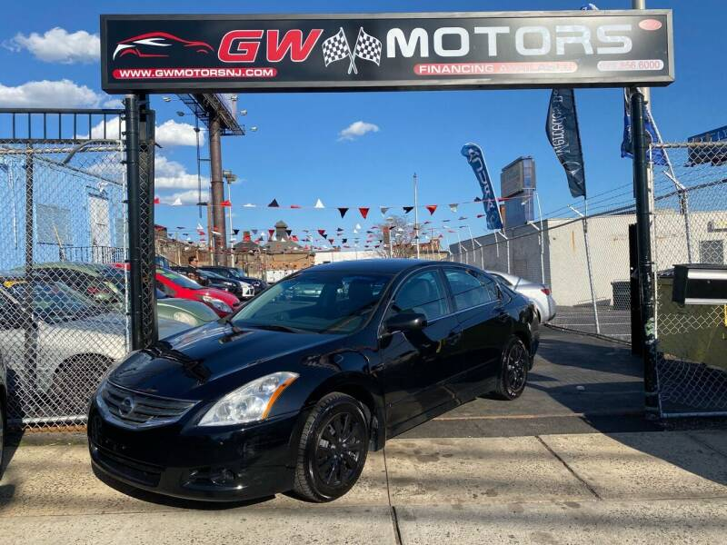 2010 Nissan Altima for sale at GW MOTORS in Newark NJ