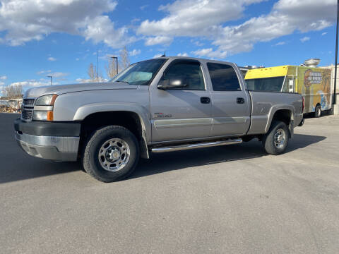 2005 Chevrolet Silverado 2500HD for sale at Truck Buyers in Magrath AB