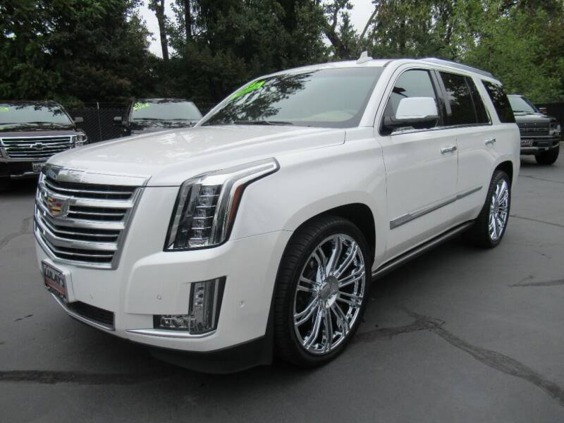 2018 Cadillac Escalade for sale at LULAY'S CAR CONNECTION in Salem OR