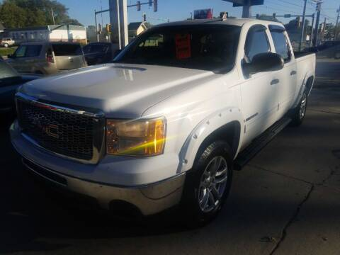 2009 GMC Sierra 1500 for sale at SpringField Select Autos in Springfield IL