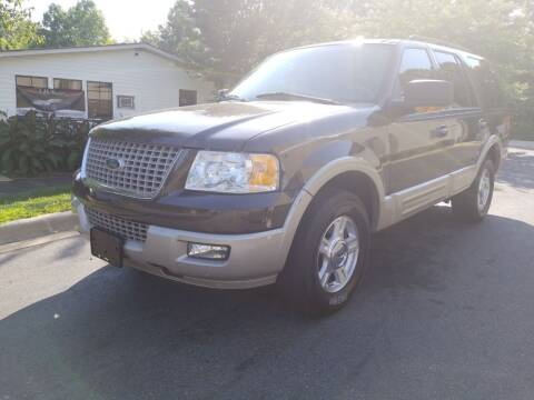 2005 Ford Expedition for sale at TR MOTORS in Gastonia NC