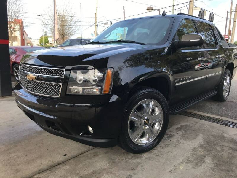 2009 Chevrolet Avalanche for sale at Michael's Imports in Tallahassee FL