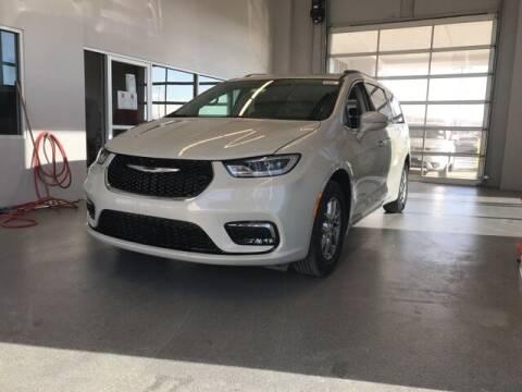 2021 Chrysler Pacifica for sale at Tim Short Chrysler in Morehead KY