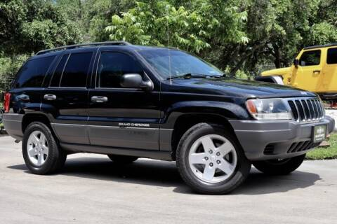 2003 Jeep Grand Cherokee for sale at SELECT JEEPS INC in League City TX