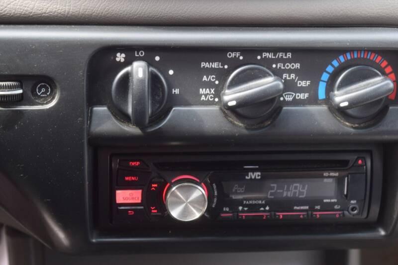 1998 Ford Contour GL 4dr Sedan - Waukesha WI