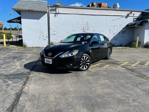 2018 Nissan Altima for sale at Santa Motors Inc in Rochester NY