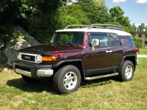2007 Toyota FJ Cruiser for sale at The Car Vault in Holliston MA