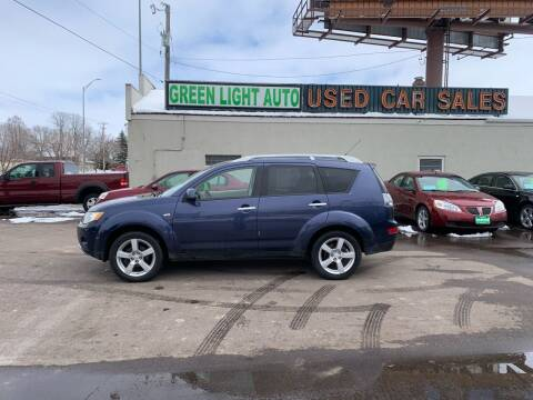 2007 Mitsubishi Outlander for sale at Green Light Auto in Sioux Falls SD