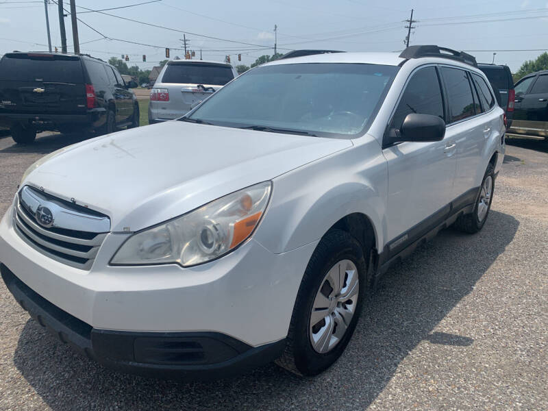 2011 Subaru Outback for sale at Safeway Auto Sales in Horn Lake MS