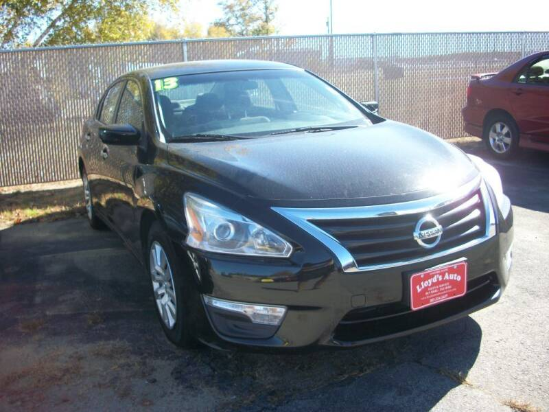 2013 Nissan Altima for sale at Lloyds Auto Sales & SVC in Sanford ME