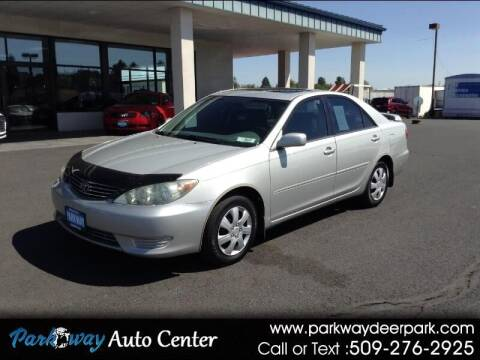2006 Toyota Camry for sale at PARKWAY AUTO CENTER AND RV in Deer Park WA