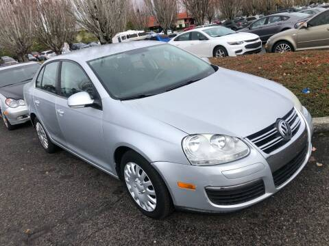 2010 Volkswagen Jetta for sale at Blue Line Auto Group in Portland OR
