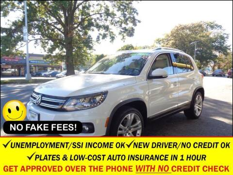 2013 Volkswagen Tiguan for sale at AUTOFYND in Elmont NY