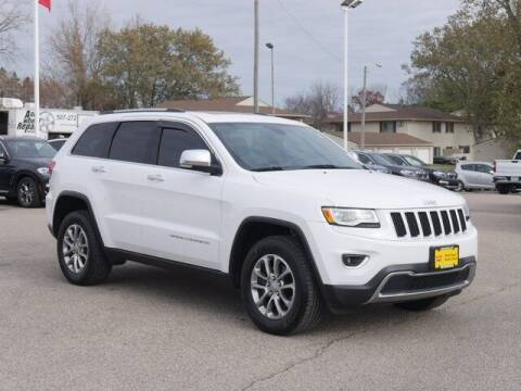 2016 Jeep Grand Cherokee for sale at Park Place Motor Cars in Rochester MN