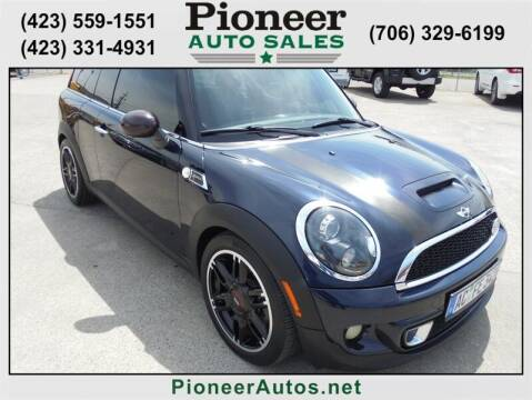 2012 MINI Cooper Clubman for sale at PIONEER AUTO SALES LLC in Cleveland TN