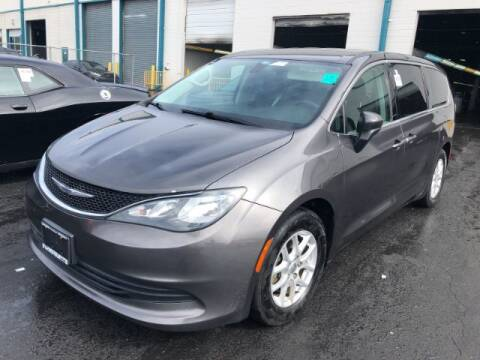 2017 Chrysler Pacifica for sale at Adams Auto Group Inc. in Charlotte NC