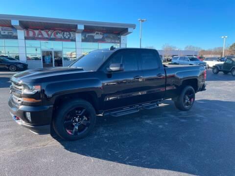 2017 Chevrolet Silverado 1500 for sale at Davco Auto in Fort Wayne IN
