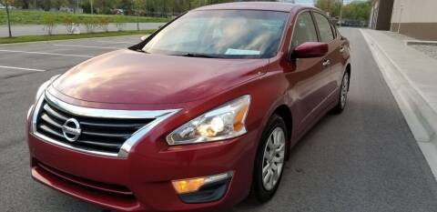 2015 Nissan Altima for sale at Derby City Automotive in Louisville KY