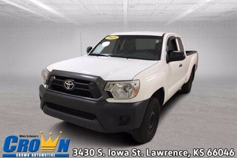 2015 Toyota Tacoma for sale at Crown Automotive of Lawrence Kansas in Lawrence KS