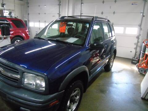 2001 Chevrolet Tracker for sale at C&C AUTO SALES INC in Charles City IA