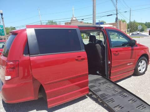 2013 Dodge Grand Caravan for sale at VAUGHN'S USED CARS in Guin AL