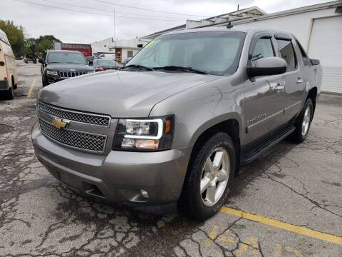 2007 Chevrolet Avalanche for sale at Kellis Auto Sales in Columbus OH