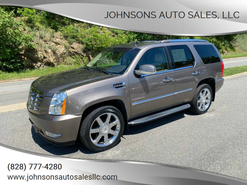 2011 Cadillac Escalade for sale at Johnsons Auto Sales, LLC in Marshall NC