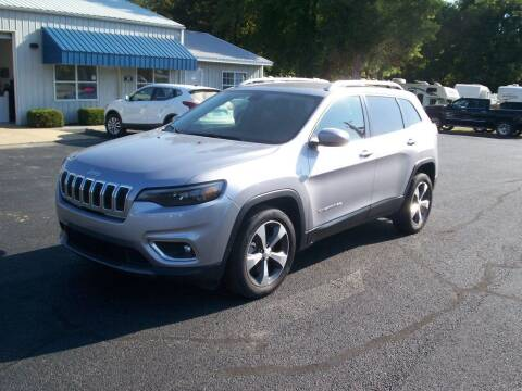 2019 Jeep Cherokee for sale at Jones Auto Sales in Poplar Bluff MO