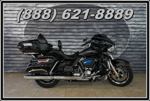 2017 Harley-Davidson Electra Glide for sale at Motomaxcycles.com in Mesa AZ