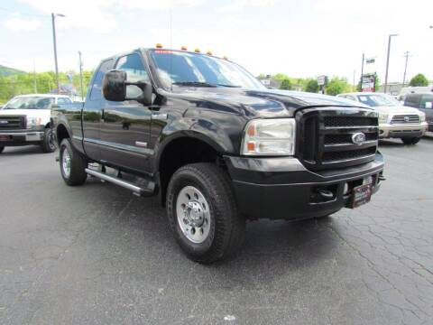 2006 Ford F-250 Super Duty for sale at Hibriten Auto Mart in Lenoir NC