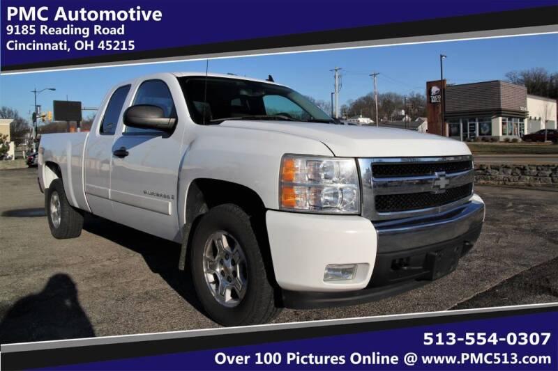 2008 Chevrolet Silverado 1500 for sale at PMC Automotive in Cincinnati OH