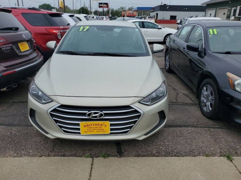 2017 Hyundai Elantra for sale at Brothers Used Cars Inc in Sioux City IA