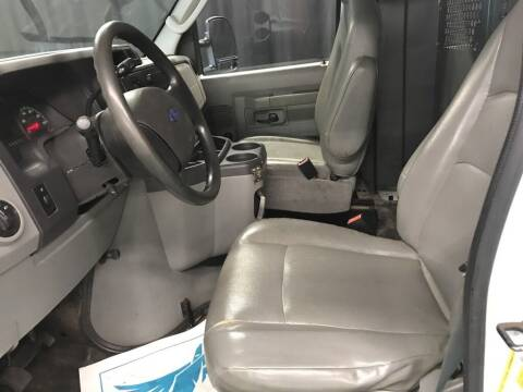2005 Ford E-Series Cargo for sale at Auto Legend Inc in Linden NJ