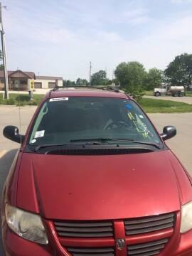 2005 Dodge Grand Caravan for sale at Mike Hunter Auto Sales in Terre Haute IN